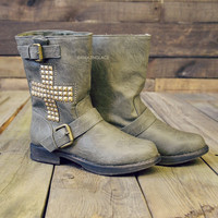 Crash Hawk Studded Cross Cut Off Boots Olive-OUT OF BOX