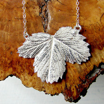 Silver Art Nouveau Strawberry Leaf Necklace