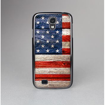The Wooden Grungy American Flag Skin-Sert Case for the Samsung Galaxy S4