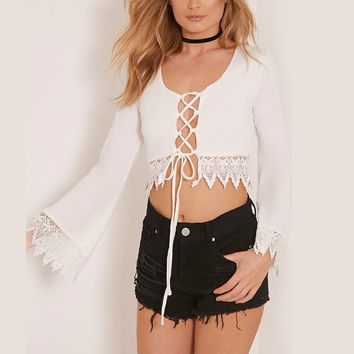 New Autumn Fashion Women Front Lace Up Tie Up Crop Tops Long Sleeve Lace Stitching Blusas Blouse 2017 Sexy Women Clubwear Tops