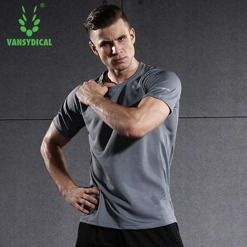 LMFLD1 Short Sleeve Men Running Shirt Fitness Workout Workout Quick Dry Tops Solid Brethable Sportswear Vansydical