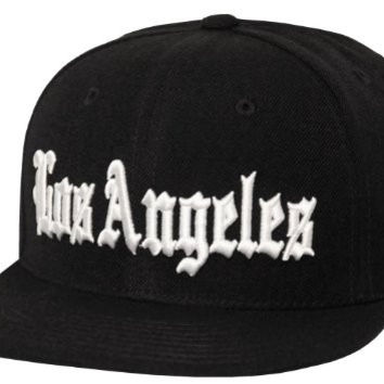 Old English Font Los Angeles Embroidered Flat Bill Snapback (Black)