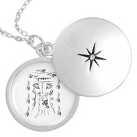 Safe goal amulet round locket necklace