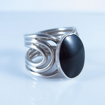 Vintage Black Onyx Ring, Sterling Silver Native American Ring, Navajo Ring, Vintage Black Onyx Ring, Vintage Southwest Ring,  Size 6