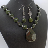 African Green Jasper Flower Necklace Earrings Set Natural Stone