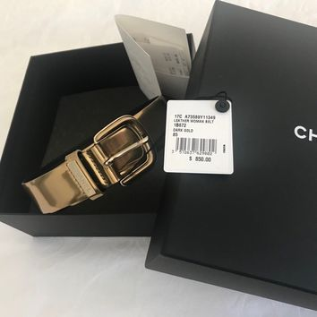 CHANEL 2017 GOLD LEATHER BELT Size 85/34