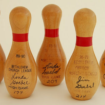Vintage Bowling Pin Awards - Set of 5 , Wood Miniature Trophies – collectible bowling memorabilia kitsch trophy award , 1980s 80s, 1970s 70s