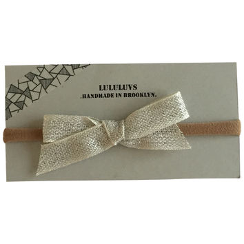 LULULUVS Brooklyn White Gold Shimmer Bow Headband