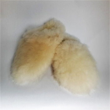 Unisex Adult Slippers Ivory Sheepskin Fur Very Soft And Warm // 100% Naturel // For Men & For Women