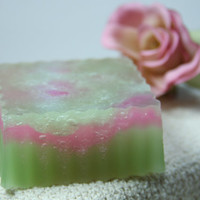 Cucumber Melon Scented Aloe Soap, Glycerin Soap, 4 oz, Green, Pink