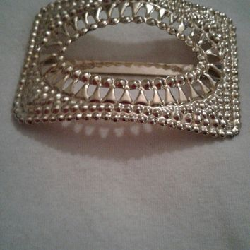 BEAUTIFUL GOLD TONE HAIR/SCARF CLIP