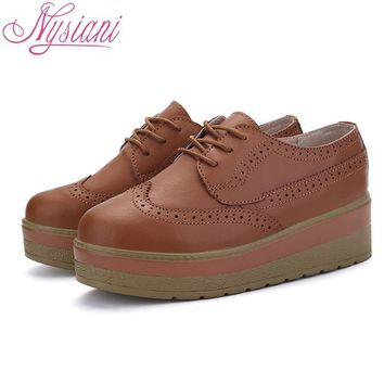 Nysiani Women Leisure Leather Shoes 2017 New Spring Split Leather Retro Brogue Shoes F