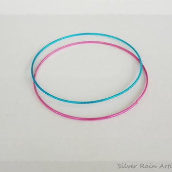 Thin bangle bracelets - bangle bracelet - colorful bangle -  set of 2 brcelets - blue bangle - pink bangle - metal bangles - stacking bangle
