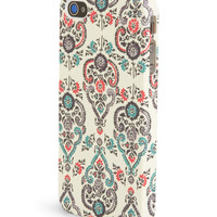 Aeropostale Womens Floral Filigree Phone Case,