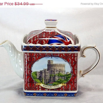ON SALE James Sadler Windsor Castle 2 Cup Camelot Teapot Tea Pot Made In England Vintage