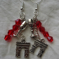 The Red Wedding Game of Thrones Fan Inspired from Scene Pair of Earrings Silver-plate Wires with Faceted Crystal Beads House of Stark & Frey