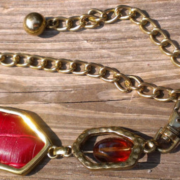 1980's Gold Chain Drop Belt Chain Link Red Leather Neutral Earth Tones Confetti Stone and Transparent Lucite Beads Fall Autumn Fashion