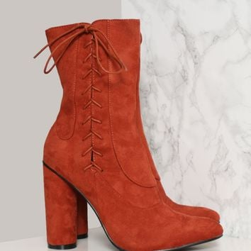 STRAIGHT LACED BOOTIE - RUST