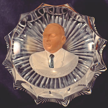 Martin Luther King Paperweight, Cristal D'Albret France Sulphide Paperweight, Commemorative Figurine
