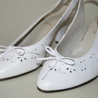 Vintage 70s mules White shoes Wedding bridal Shoes Vintage wedding Retro shoes 70s dance shoes Office shoes White Slip ons Boho Summer shoes