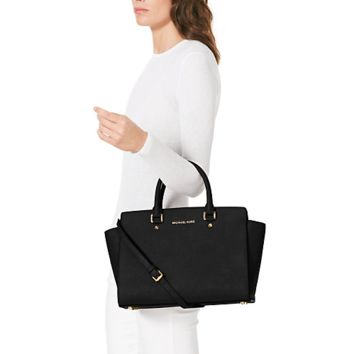 Michael Kors Large Selma Top-Zip Satchel Black [MK_36508] - £42.00 : http://www.michaelkors-outlets.co.uk
