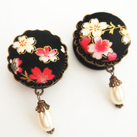 "Glamsquared — Sakura and Pearls 28mm 1 1/8"" Dangle Plugs"