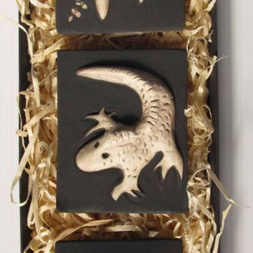 Boxed monochrome triptych ceramic tile set: Kowhai