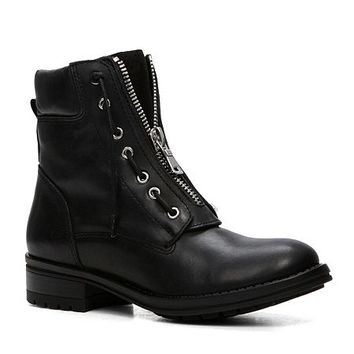 Isaaca lace up flat ankle boots