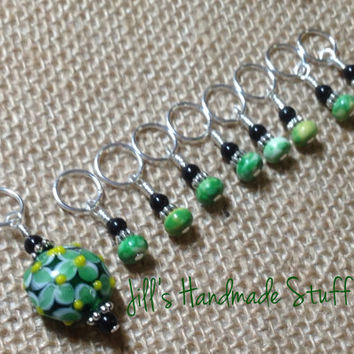 SNAG FREE Stitch Markers - Beaded Green Floral Knitting Stitch Marker Set - Gift for Knitters - Tools - Jewelry