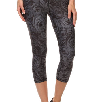 Black Rose Dream Capris