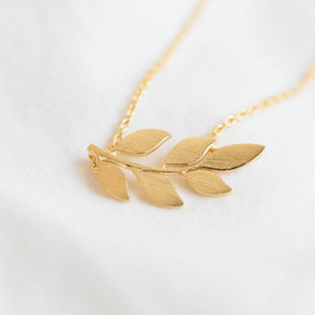 Leaf Pendant Necklace, Gold Leaf Pendant Necklace, Silver Leaf Pendant Necklace (Available 18K Gold Plated & Silver Plated)