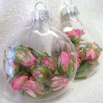 Unique shape ornament with dried flowers, Dried flower clear glass ornaments, Disc shape bulbs, Lavender, Rose, Feverfew, Yarrow, Delphinium