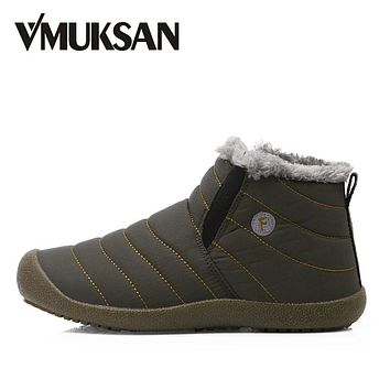 VMUKSAN Men Winter Snow Shoes Man Boot Lightweight Ankle Boots Warm Waterproof Mens Rain Boots 2017 New Furry Men Boots