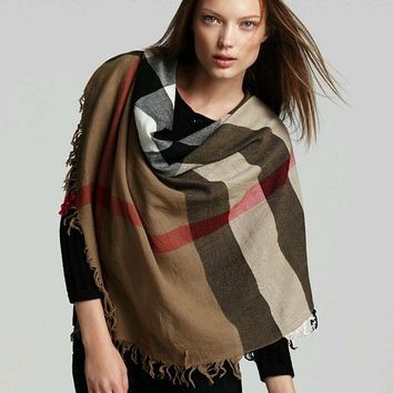 brand Genuine Burberry Square Merino Wool Scarf Black White Ivory Check