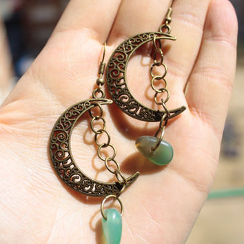 Natural Green Agate Stone Earrings-Tribal Moon Earrings-Arabian Nights-Crescent moon earrings-Boho earrings-Gypsy-Ethnic earrings-Handmade