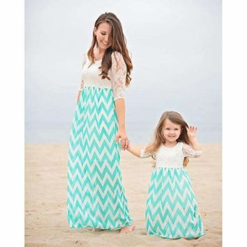 2018 Bohemian Mother Daughter Dress Lace Family Matching Dress Cotton Family Matching Outfits Women Girl Beach Dresses