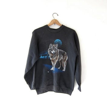 Vintage wolf sweatshirt. 80s faded black sweatshirt. coyote & wolf grunge sweater. coed sweatshirt.
