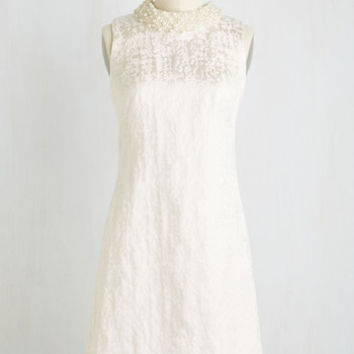 Mid-length Sleeveless Shift Celebration of Sweethearts Dress in White