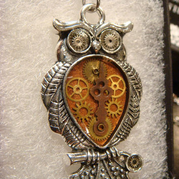 Clockwork Owl with Gears Steampunk Style Necklace (1952)