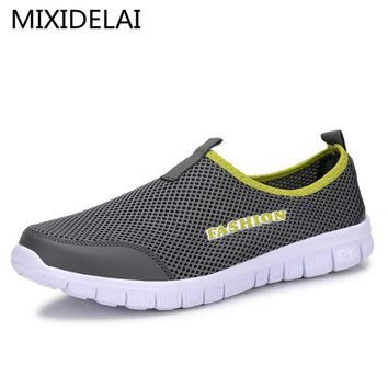 Men Shoes Fashion 2017 Summer Comfortable Men Casual Shoes Mesh Breathable Flat shoes cheap shoes Plus Size 34-46