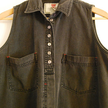Vintage 1990's Levi's Women's Black Denim Sleeveless Button Up Shirt with Red Detail