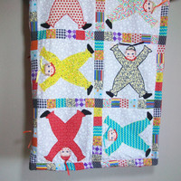 Clown Baby Quilt - Minky Baby Blanket - Clown Baby Comforter - Tummy Time Blanket - Preschool Blanket
