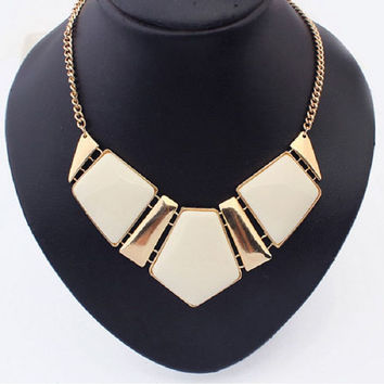 Women's Gold Tone Vintage Style Large Statement Necklace