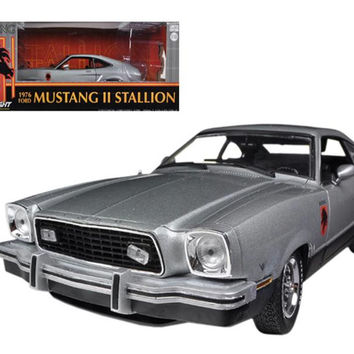 1976 Ford Mustang II Stallion Silver - Black 1-18 Diecast Car Model by Greenlight