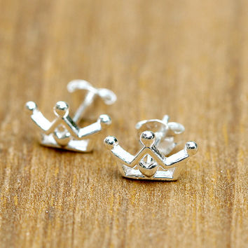 Silver Stud,Silver Earrings,Crown Stud,Crown Earring,Tiny Stud,Tiny Earrings,Love earrings,Lovely Earring,Crown