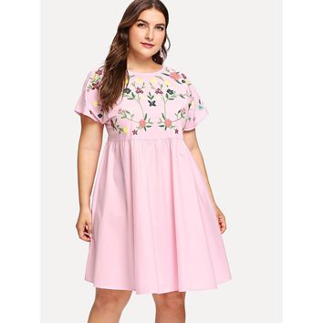 Plus Flower Embroidered Tie Up V Back Smock Dress