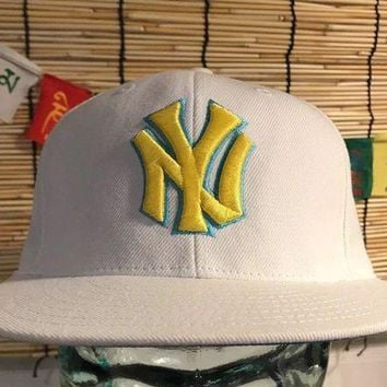 CREYRQ5 New York Yankees, American Needle Snapback, Vintage Hat Baseball cap, white