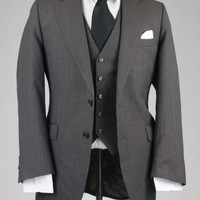 Vintage 80s Gray Pinstripe Wool 3 Piece Vested Suit 40 R