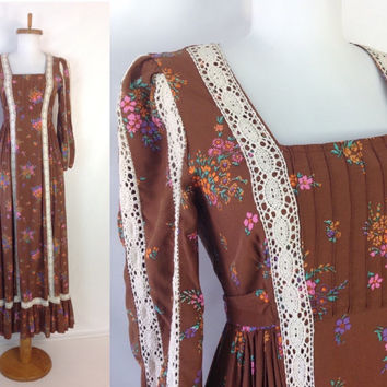 Vintage 70s Maxi Dress LONDON MOB Carnaby Street Designer British Boutique Hippie Boho Maxi Dress Long Prairie Dress Lace Trim XS S