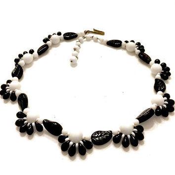 Black and White Glass Bead Necklace, Germany, Black Glass Molded Leaves, Black & White Glass Beads, Floriated Design, Vintage 1940's 1950's